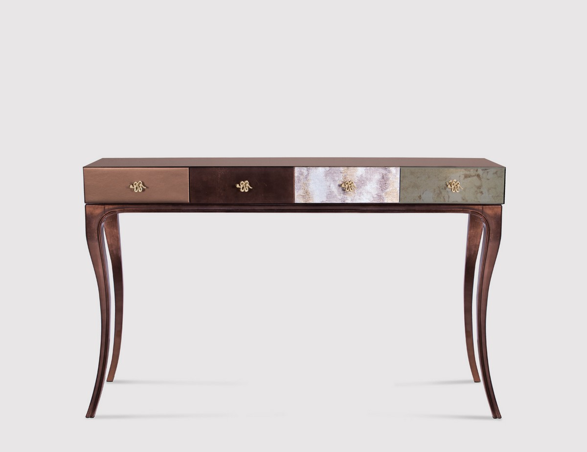 Top Classic Style Console Tables
