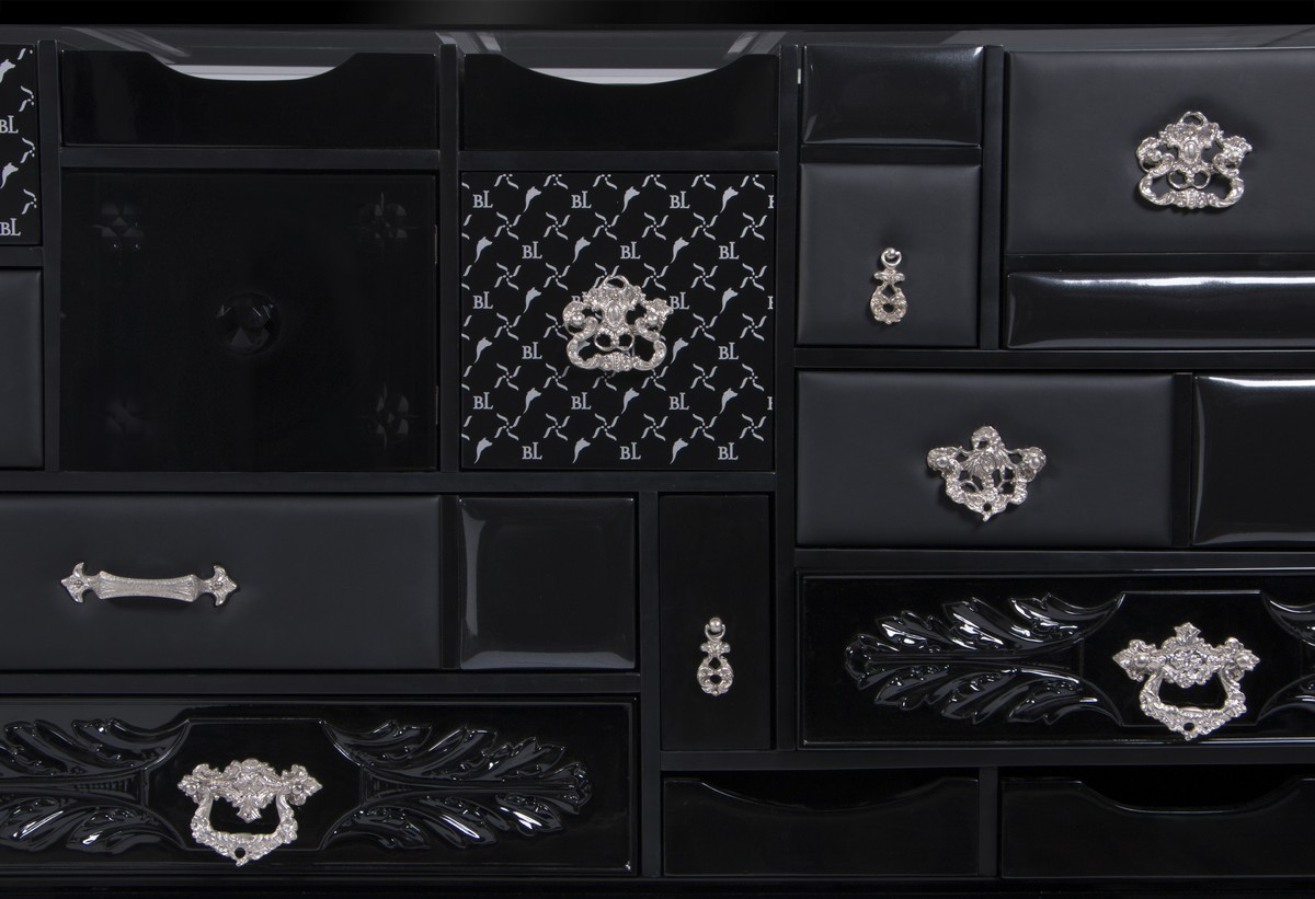 Modern and Luxurious Sideboards To Complete Your Room Decor