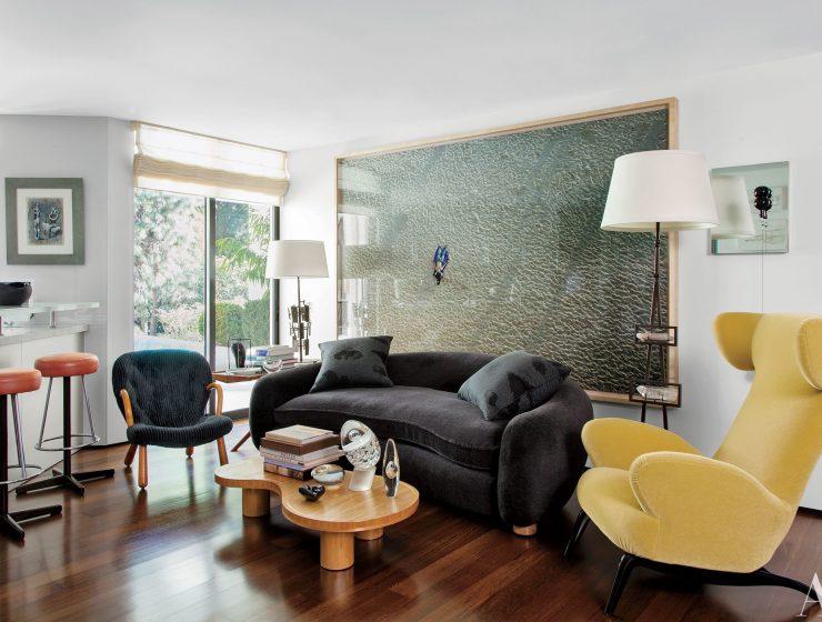 The Multitasking Master: Living Rooms by Waldo Fernandez