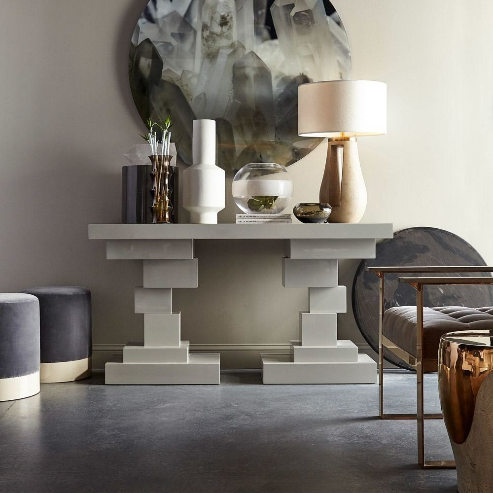Striking Console Tables To Style Your Luxury Entryway modern console tables Modern Console Tables For Collectable Design Lovers morgan hoppen